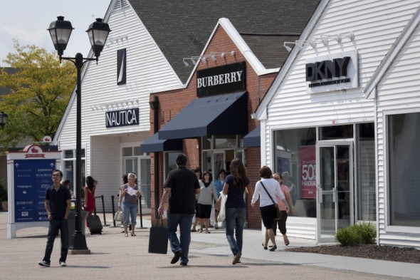Woodbury Common Premium Outlets Another Outlet Option In