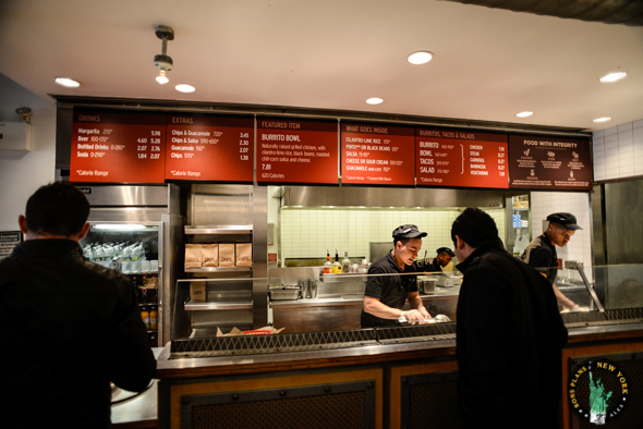 Chipotle Mexican Grill, a different fast food in New York | 590 x 394 jpeg 231kB