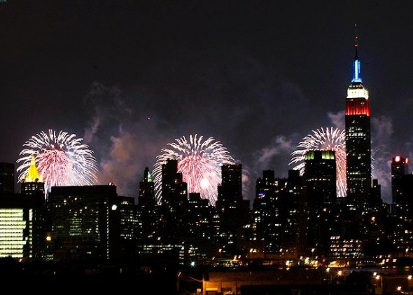 Enjoy the 4th of July fireworks in New York: Macy's Fireworks