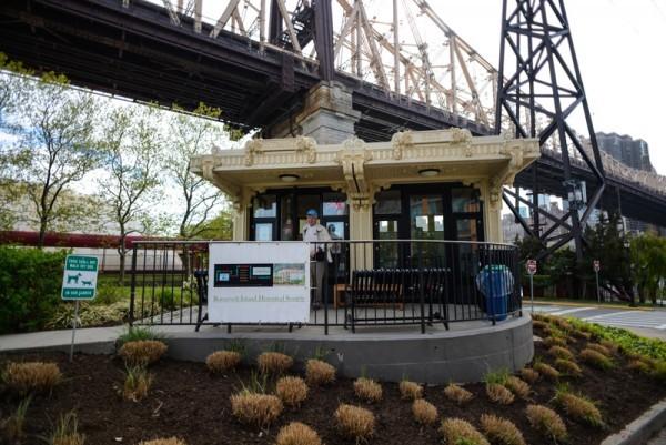 Roosevelt-Island-Tram-BPVNY-MPVNY-NYCTT-