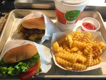 Shake Shack: one of the best burgers in New York - New York