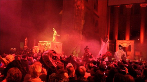 Halloween-Extravaganza-and-Procession-of-Ghouls-600x337