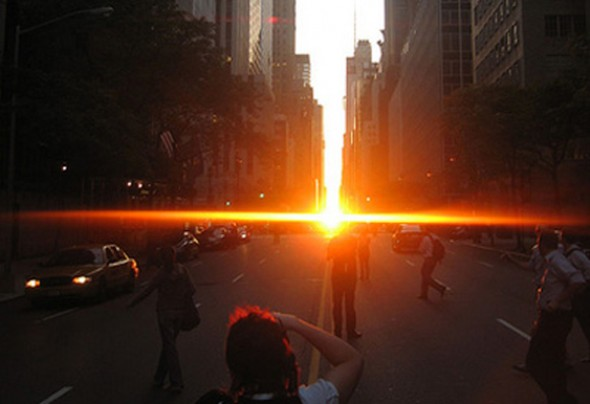 Watch the Manhattanhenge in May and July 2018 in New York