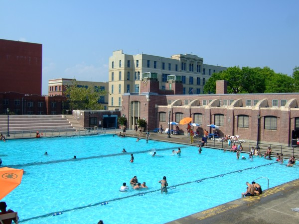 Top free outdoor Pools in New York - New York City Travel Tips
