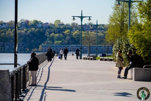 walk-hudson-river-park