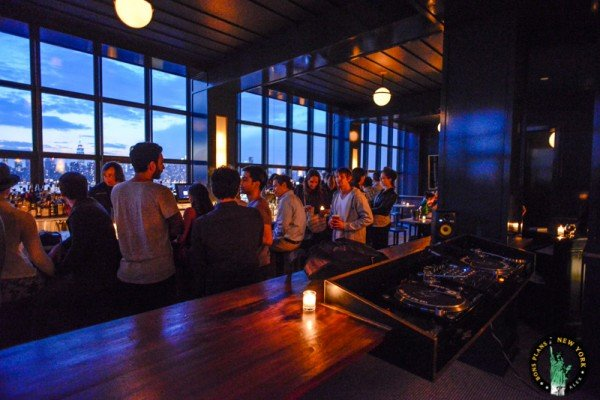 8-the-ides-bar-rooftop-whyte-hotel-new-york-NYCTT