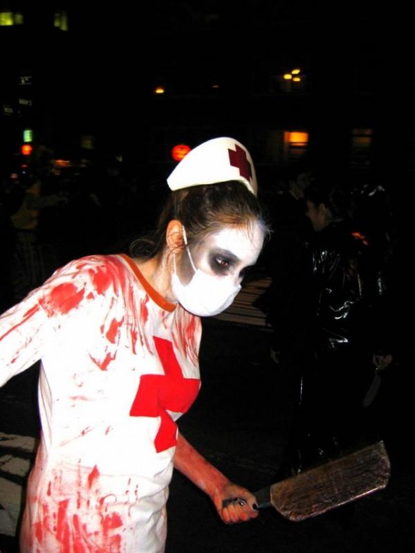 nurse-Halloween-NY-NYCTT-600x799