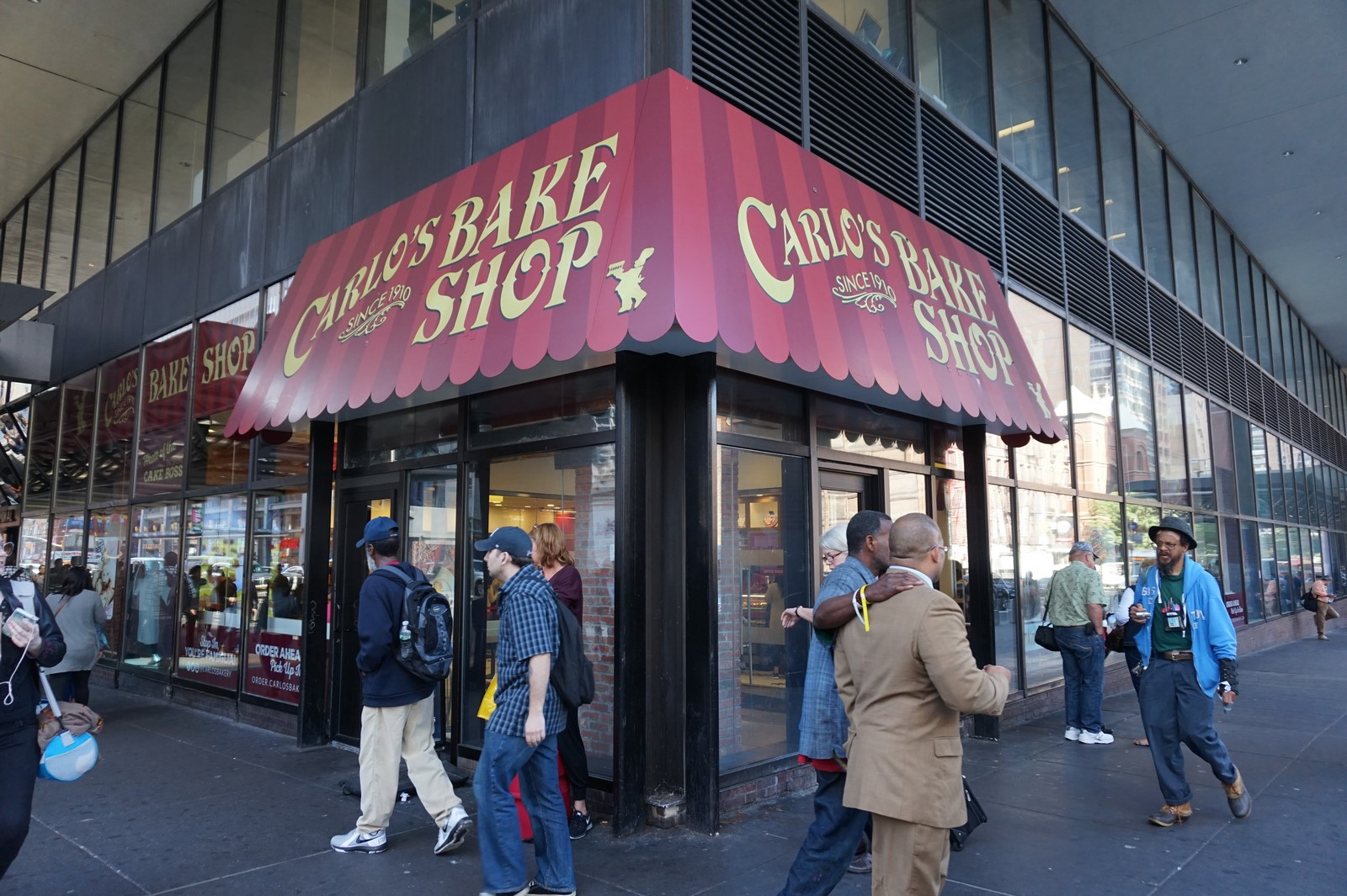 Carlos Bake Shop The baker that does the impossible in New York