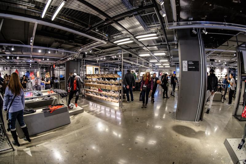 Arroyo Enfermedad Rico  Discover the Adidas store on 5th Avenue